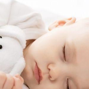 برای خرید لباس زمستانی نوزاد به این نکات توجه کنید