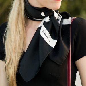 اکسسوری مناسب برای ست کردن با لباس مشکی