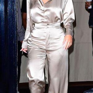راهنمای انتخاب لباس برای خانم ها با سینه بزرگ