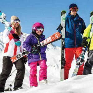 ورزش اسکی و مراقبت از لباس های مخصوص آن