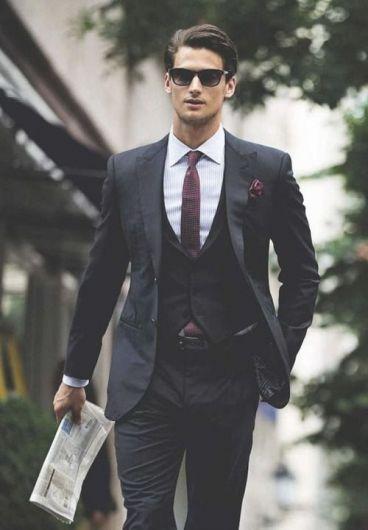 نکاتی درباره لباس پوشیدن مردان خوش تیپ قدبلند