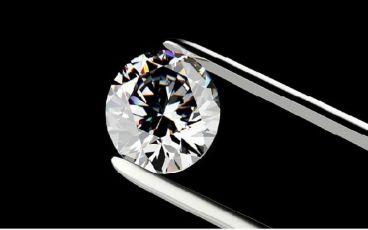 ویژگی نگین های الماس با برش باگت چیست