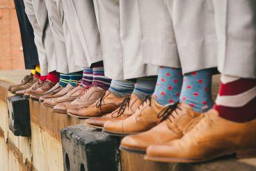 جوراب های رنگی بپوشید