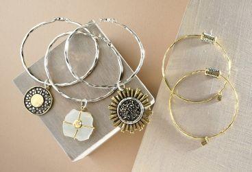 راهنمای انتخاب دستبند زنانه
